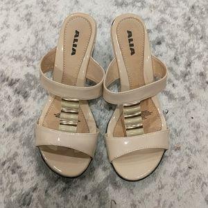 Alia Sandi style wedge heels